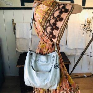 ♥️ Michael Kors ♥️ Silver Leather Shoulder Bag